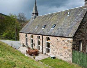 The Old Kirk Dog Friendly Holidays Perthshire Scotland